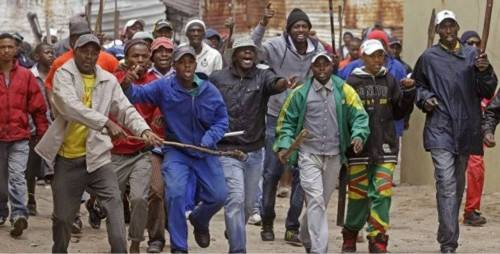 , Nigerians Given 12-hour Ultimatum To Leave South African Town, NAIJAPARRY, NAIJAPARRY