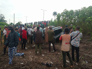 osogbo,yahoo boys,sars, JUST IN: Protest In Osogbo As Police Allegedly Chased Suspected Yahoo Boys To Death (Photos), NAIJAPARRY